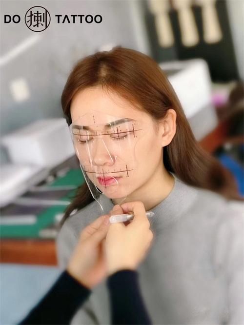 陈蕾专访:独具匠心情怀,追求独一无二的纹绣设计师