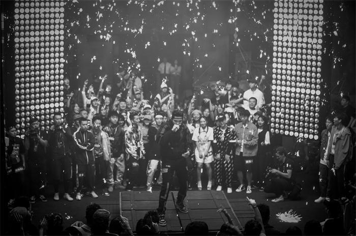 《中国新说唱2019》《大碗宽面》remix版,点燃全场气氛