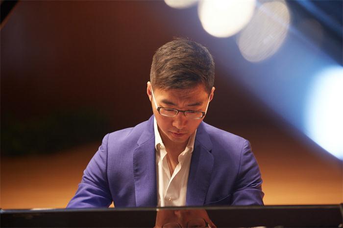 赵胤胤2019音乐会巡演奏响上海 用古典音乐艺术支持真爱梦想
