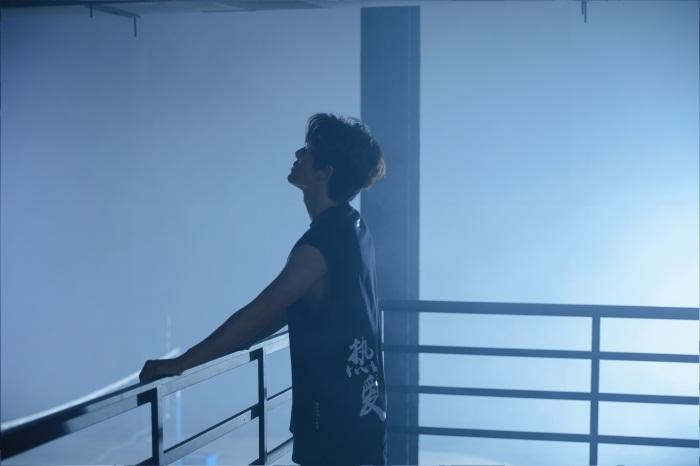 《后劲》MV上线 吴克群用音乐为失意人生寻找方向